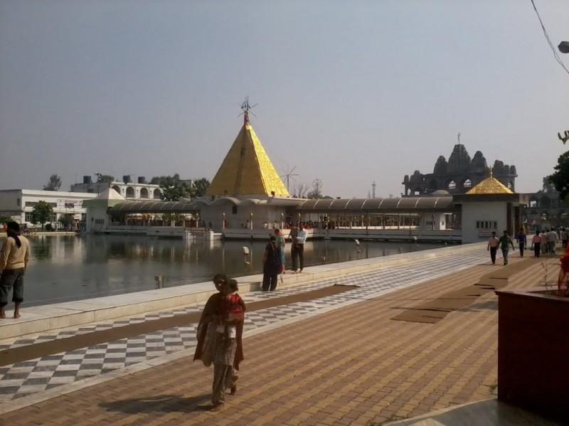lilly resort in jalandhar